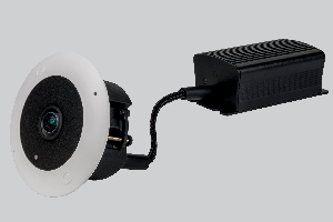 Con un diseño compacto, esta cámara con 'ojo de pez' cumple con el estándar ONVIF, de forma que permite a los usuarios trabajar con las soluciones del proveedor que prefieran.  La germana Dallmeier presenta su nueva cámara MDF5450HD-DN perteneciente a la serie 5000, con la cual busca ofrecer un reconocimiento de objetos gracias a funcionalidades de inteligencia artificial de primer nivel.  Esta cámara ofrece muy buenos resultados cuando se encuentra con una conexión de baja velocidad, gracias a la codificación de vídeo H.265 que le permite exhibir una resolución de 2.880×2.880.  Este codificador por hardware permite reducir el consumo de datos hasta un 50% en comparación con el H.264, a la par que mantiene la misma resolución y calidad de imagen. Si lo combinamos con los sistemas de grabación de Dallmeier, facilita una reducción sustancial tanto del uso de la red como del espacio de almacenamiento.  Cuenta con un sensor de 8 Mpx con el objetivo en forma de 'ojo de pez', y su formato compacto permite instalarla en los espacios más constreñidos. Si la comparamos con los modelos convencionales, la nueva MDF5450HD-DN de Dallmeier ofrece importantes ventajas en términos de discreción, espacio requerido para su funcionamiento, y flexibilidad gracias a los dos encapsulados separados para el codificador y el sensor.  Tecnología en las nuevas cámaras  Integrada en el codificador de esta cámara con 'ojo de pez', disponemos de tecnología de redes neuronales, las cuales son instrumentales para la producción de una clasificación de objetos de alta calidad.  Con una breve fase de aprendizaje hay más que suficiente para permitir un uso más efectivo de las funciones automatizadas para el análisis del vídeo, como la lossless o el tracking múltiple de audio.  El soporte ONVIF (Perfil S) facilita la integración de este modelo en sistemas VMS de terceras partes. Con ello, se asegura un procesamiento correcto del vídeo cuando este es gestionado por software de terceras partes.  También 