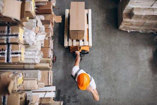 Cómo organizar un almacén de forma segura y eficiente