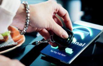 StarSign Key Fob acceso biométrico en un llavero
