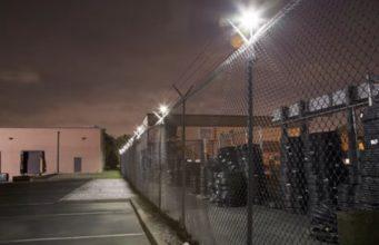 Iluminación perimetral de seguridad